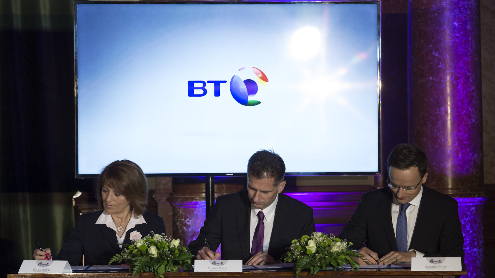 The Hungarian Government and BT (British Telecom), one of the world's leading companies offering communications services and solutions signed a strategic partnership agreement, Szijjárto Péter KKM Szabó Zoltán Grócz Mária BT