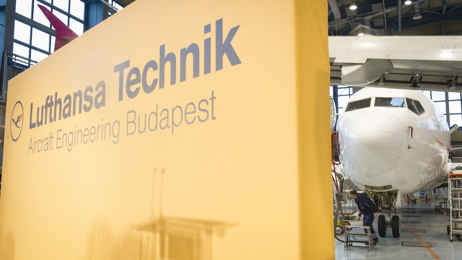 Lufthansa Technik opened a new aircraft engineering centre in Budapest