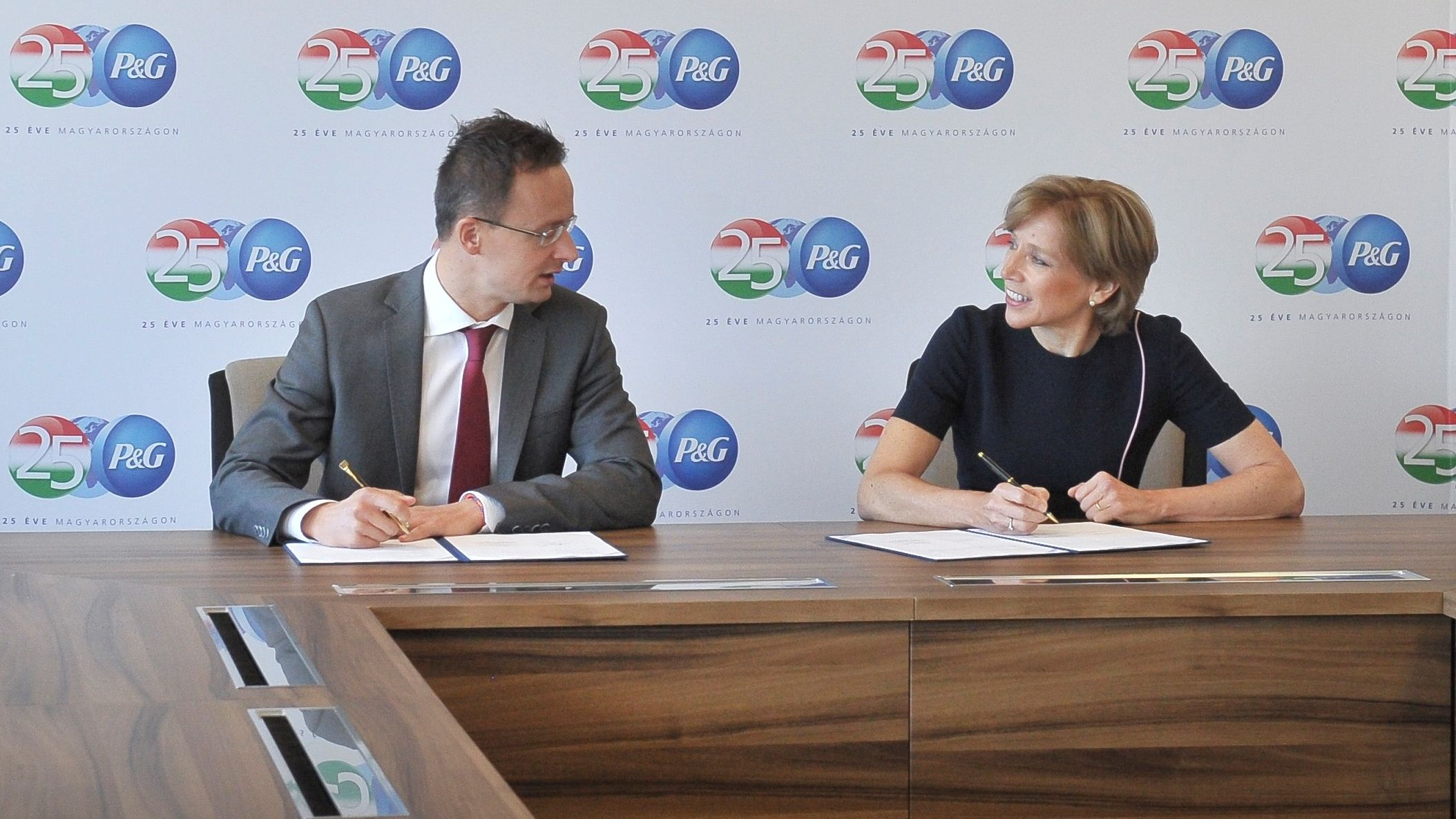 P&G announces its new investments and celebrates 25 years of growing together with Hungary