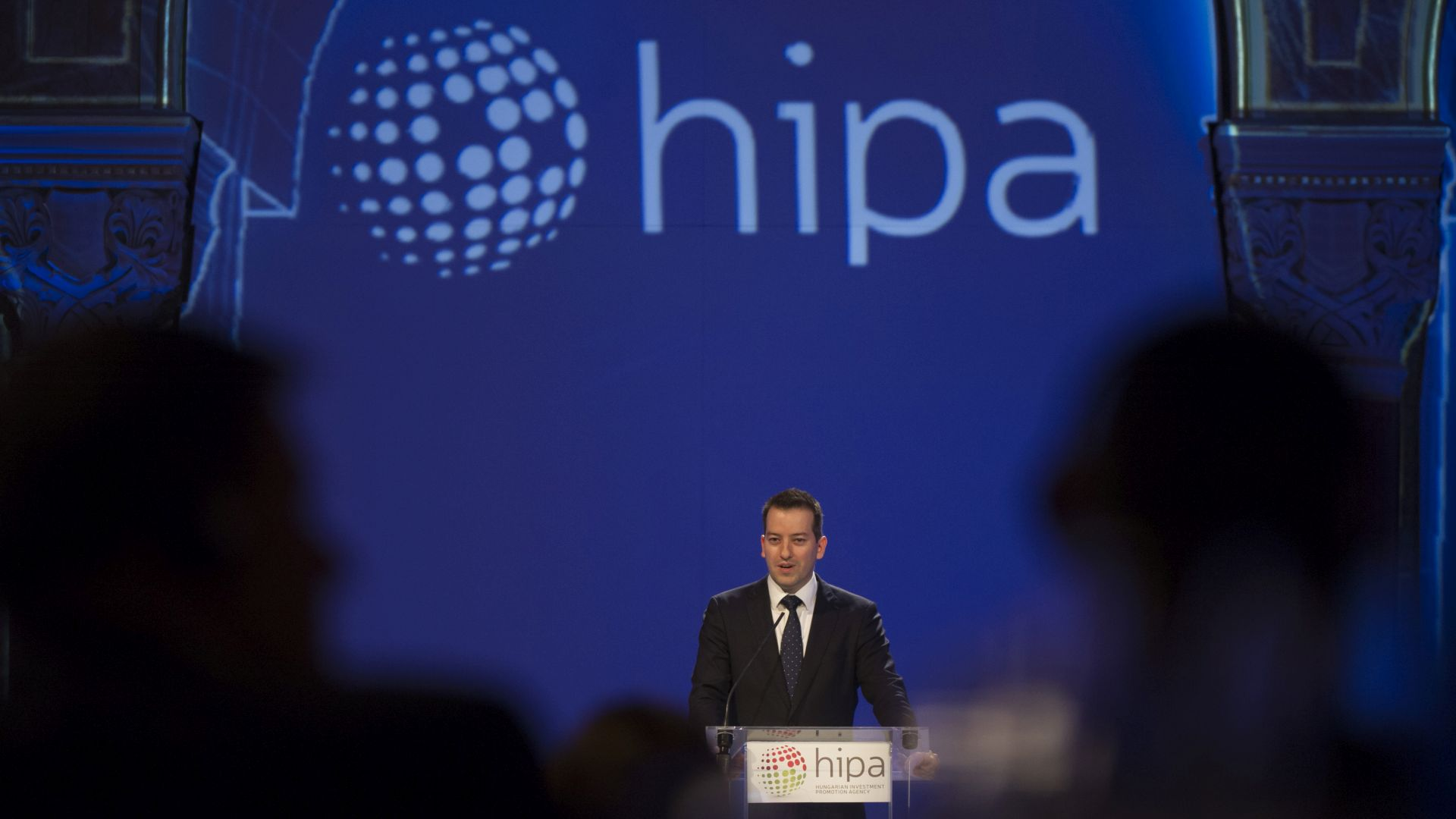Róbert Ésik, President of HIPA delivering his speech