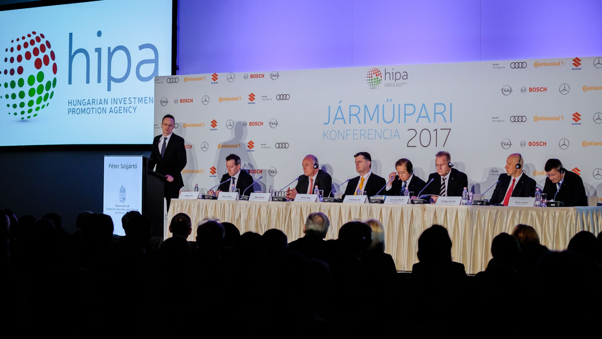 The Hungarian automotive industry's step into a new dimension is a joint objective